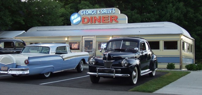 George & Sally's Blue Moon Diner at The Gilmore Car Museum