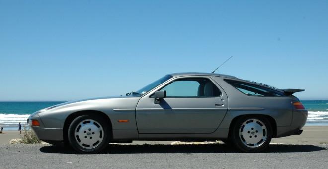 Image source: 1989 Porsche 928 (lamiapassione-p.blogspot.com)