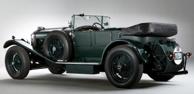 Green 1930 Bentley Speed Six Rear end