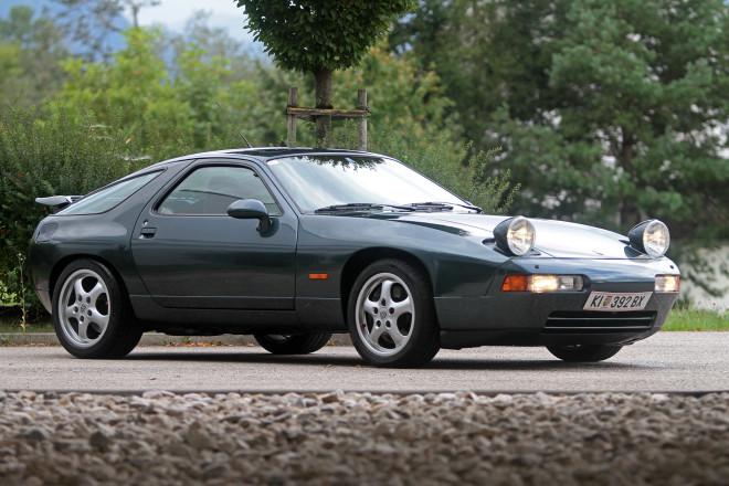 Black Porsche 928 GTS financing