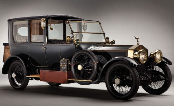 Lease a Black Rolls Royce Silver Ghost