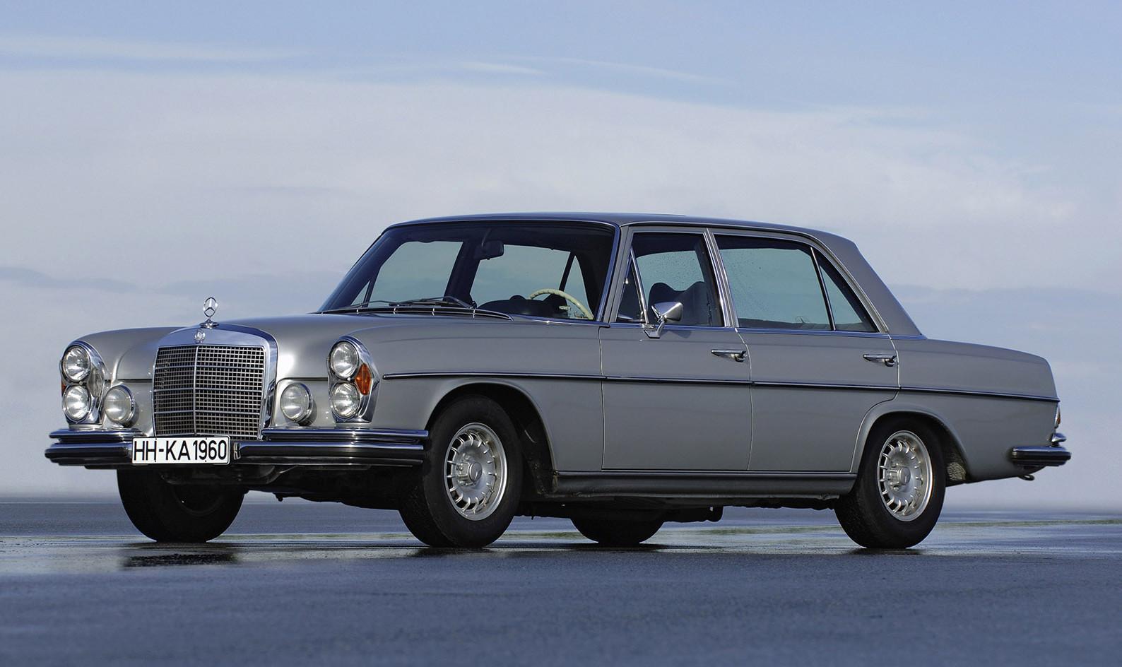 Vintage corner mercedes benz 300sel 6 3 premier for Mercedes benz financial service