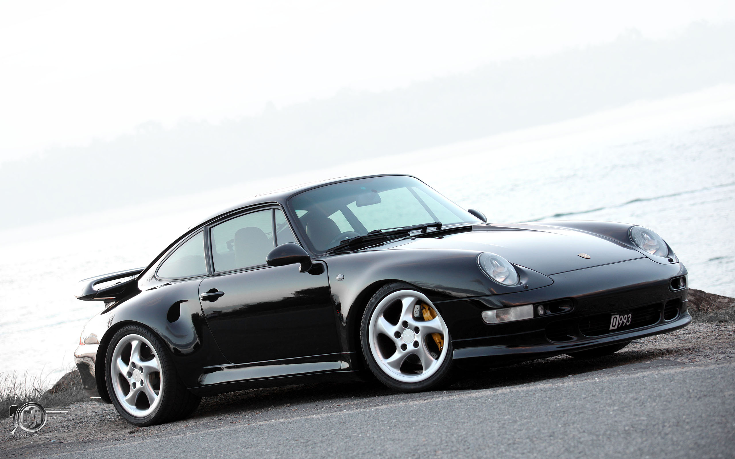 Lease a Black Porsche 911 993 Turbo