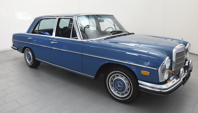 Blue Mercedes-Benz 300 SEL 6.3 studio shot