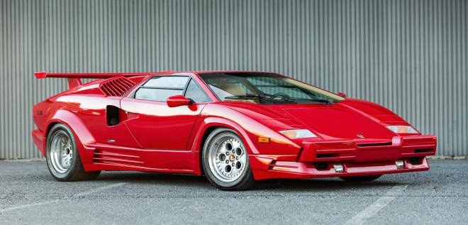 Red Lamborghini Countach