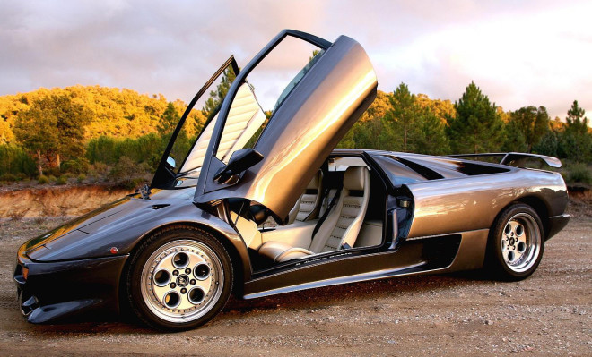 Lease a lamborghini diablo with scissor doors.