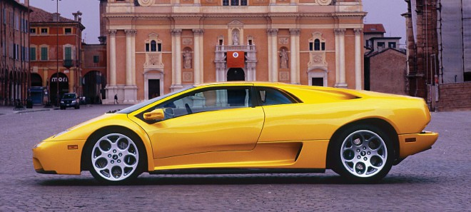 Profile of a yellow Lamborghini Diablo lease