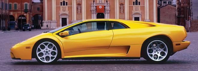 Profile of a yellow Lamborghini Diablo lease
