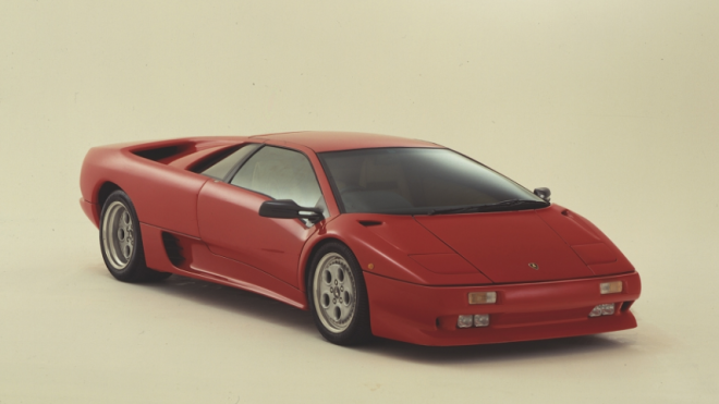 Lease a red Lamborghini Diablo