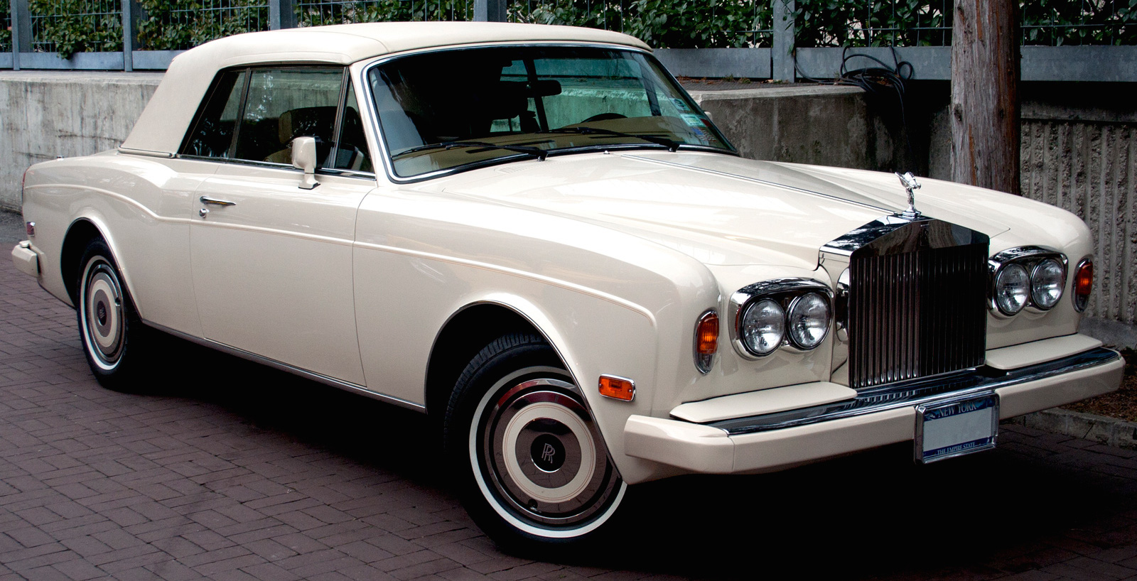 Lease a white rolls royce corniche with premier