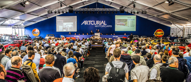 Lease a Mercedes Gullwing from the Artcurial Auction