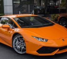 Orange Lamborghini Huracan LP 610-4 financing.