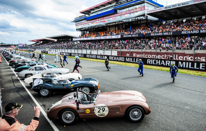 The start of a Jaguar race at the Le Mans Classic