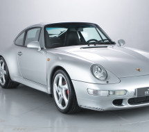 Lease a silver Porsche 911 993