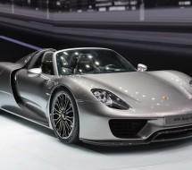 Lease a silver Porsche 918 Spyder