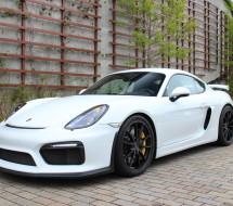 Lease a white Porsche Cayman GT4
