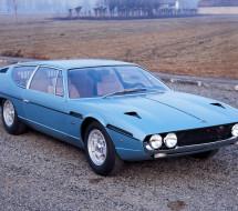 Lease a blue Lamborghini Espada