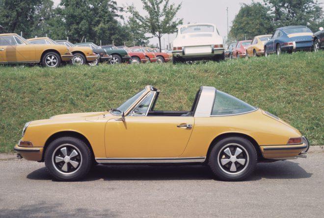 Lease a classic Porsche 911 Targa
