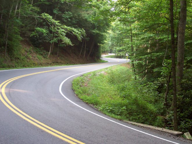 Lease a car to drive on the Tail of the Dragon
