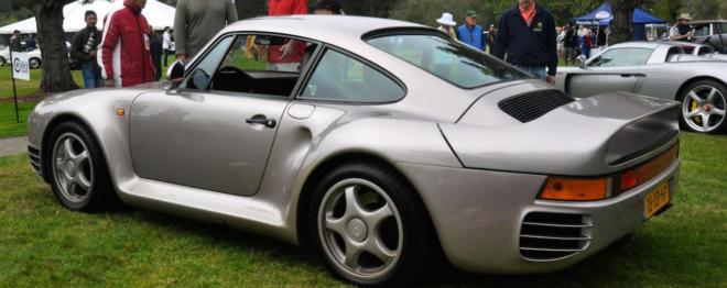 Lease a silver Porsche 959 Komfort