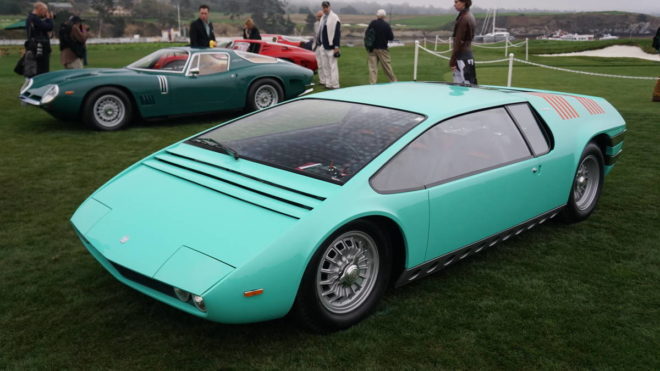 Lease a teal Bizzarrini Manta