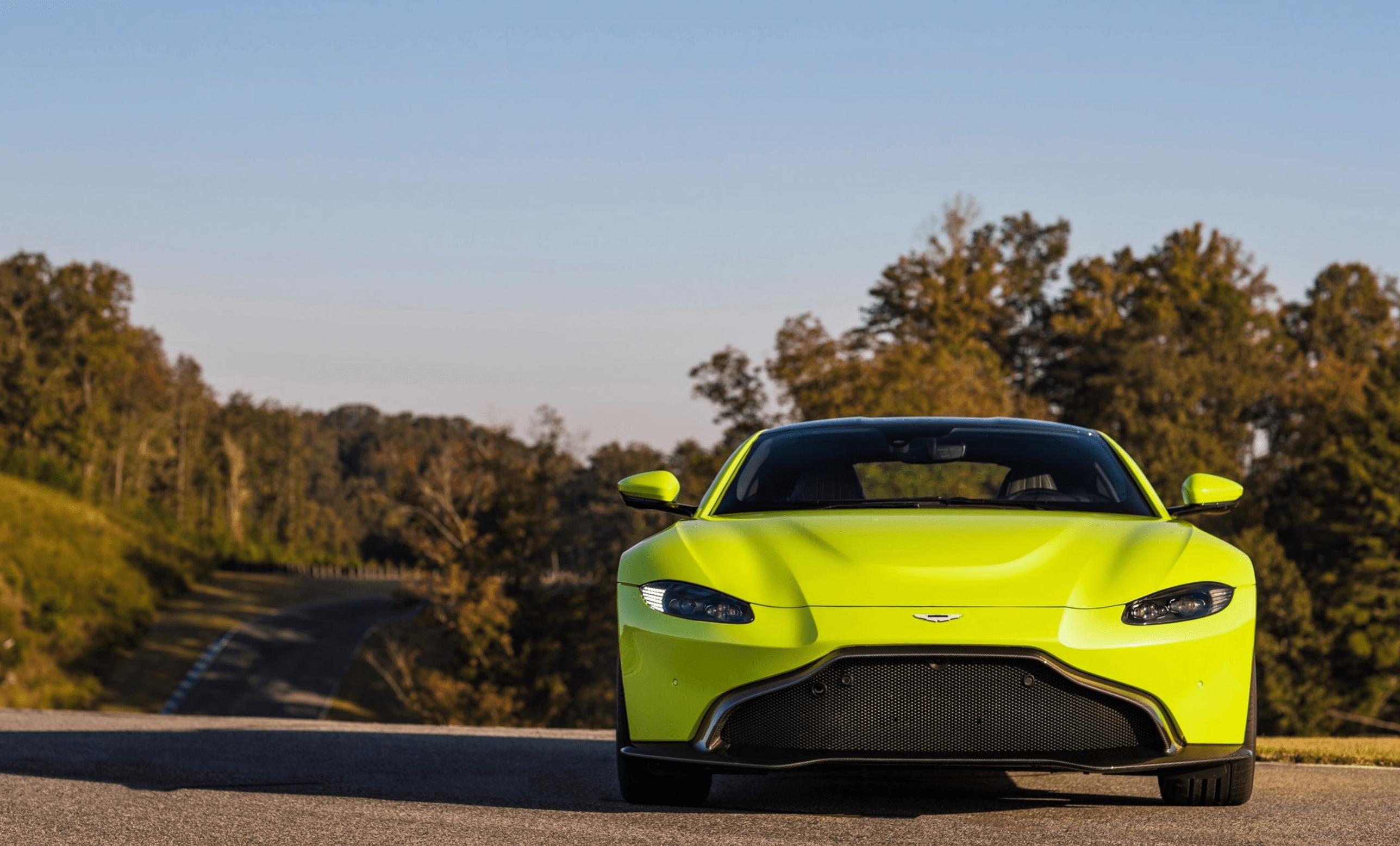 Leasing a Aston Martin
