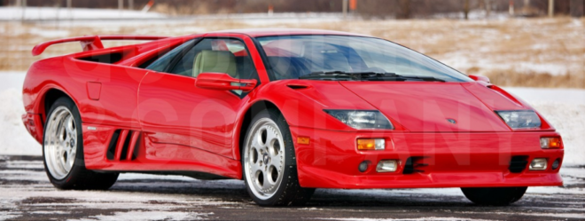 Lease a red Lamborghini Diablo VT