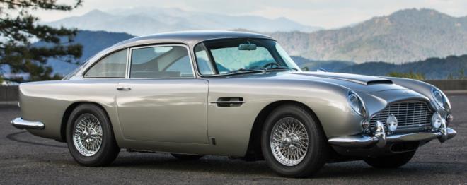 Lease a silver Aston Martin DB5