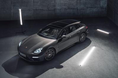 New Model Perspective Porsche Panamera Sport Turismo