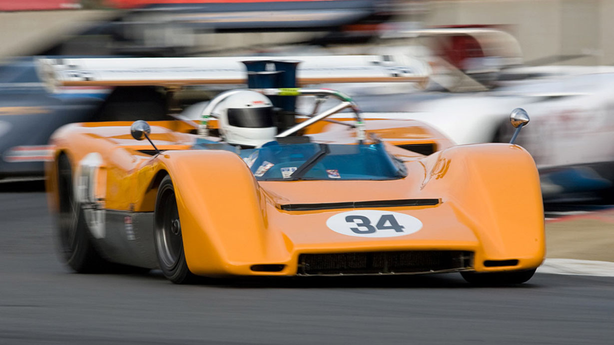 A Mclaren Racing 1