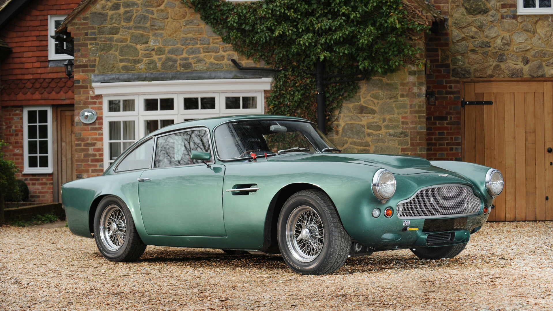 B Aston Martin Db4 Gt Simon Clay1