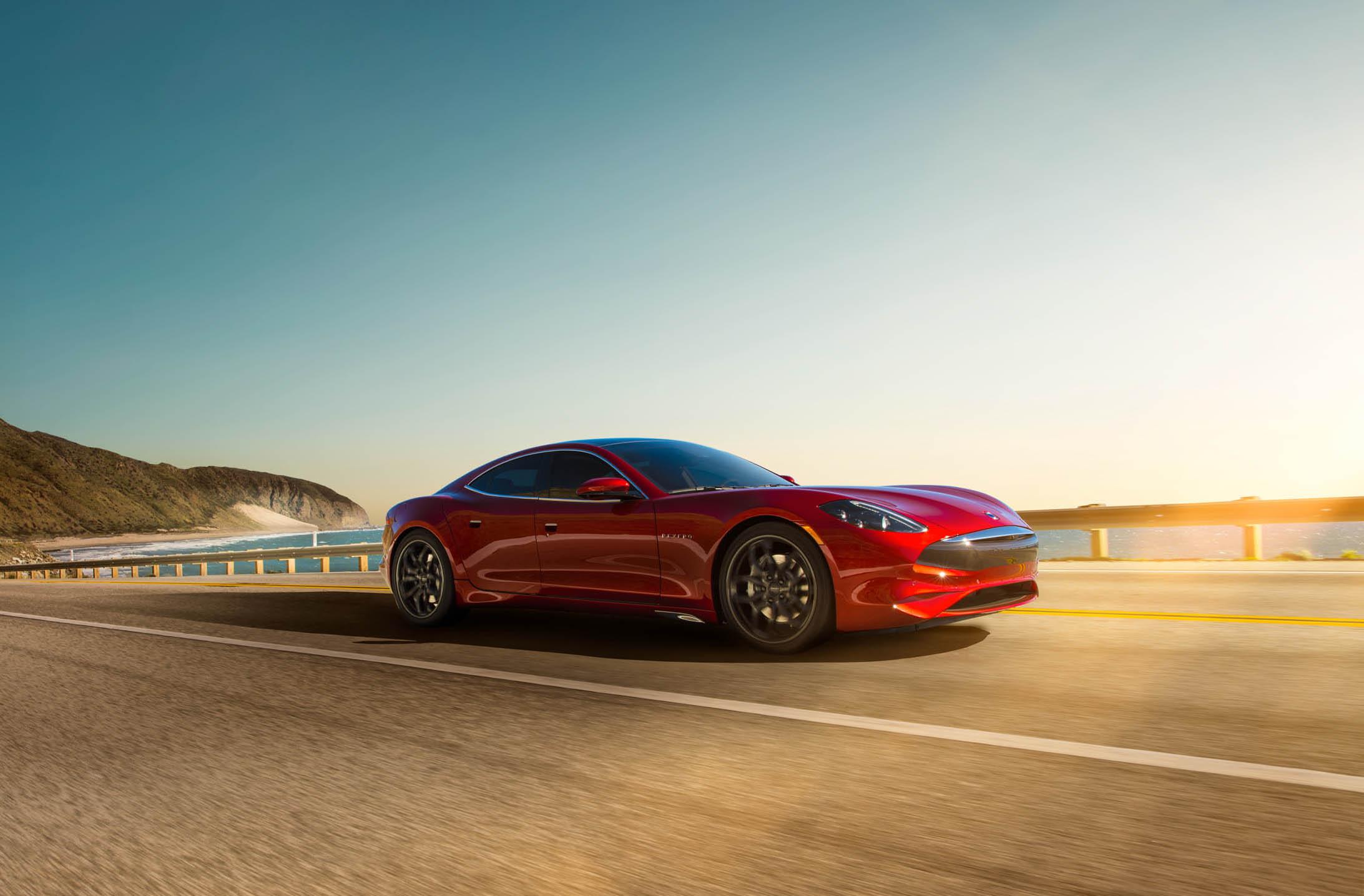 leasing a luxury car