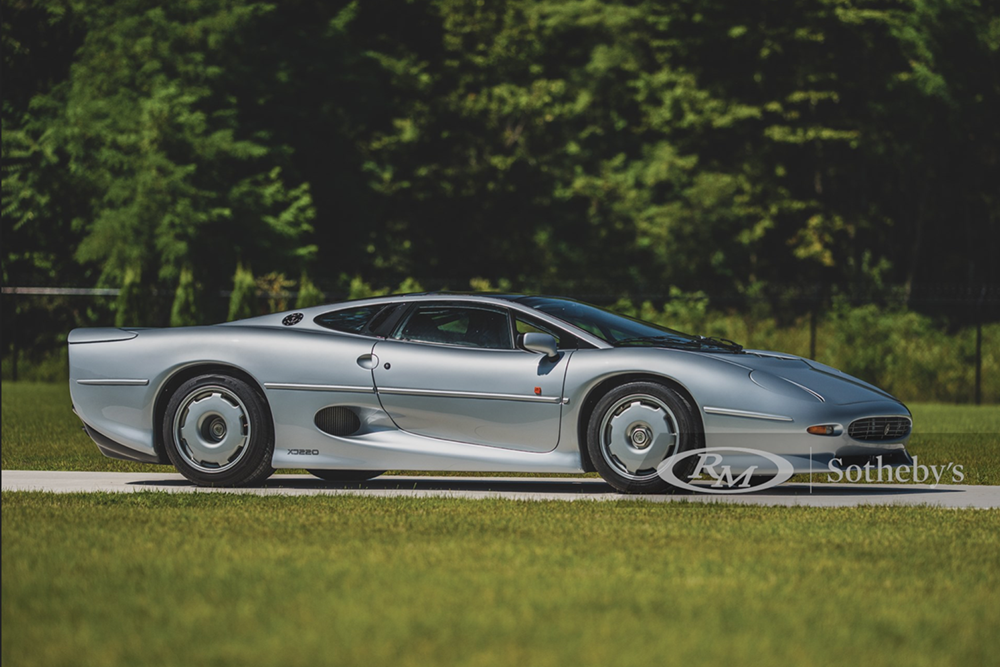 1 1993 Jaguar Xj220 Side1 Copy