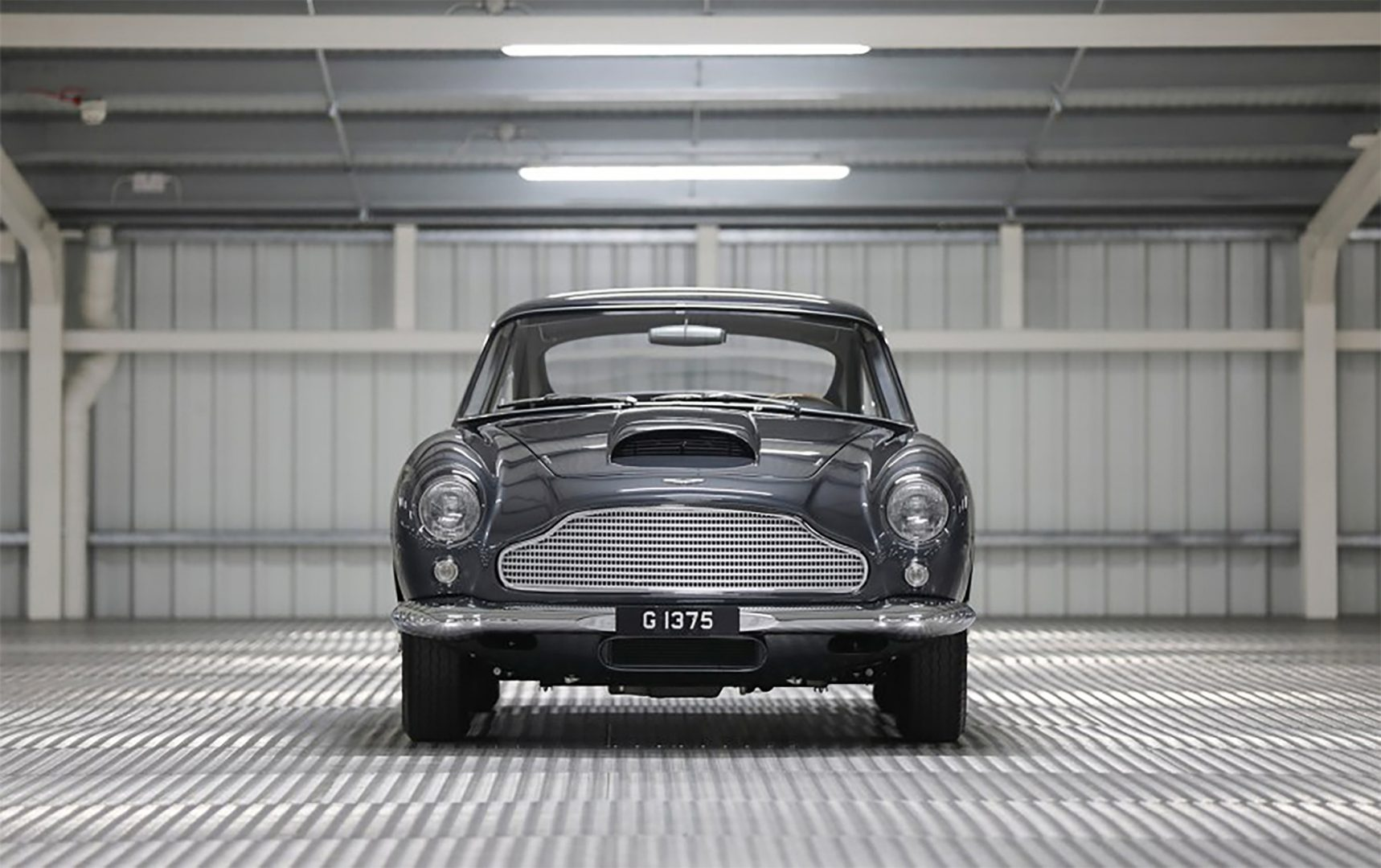Silver 1961 Aston Martin DB4GT Front View Driver Side, Buying an Aston Martin, pfs_leasing