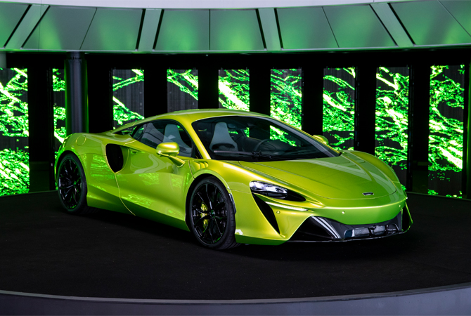 Napier green 2022 McLaren Artura Reveal. Finance a McLaren with #pfs_leasing
