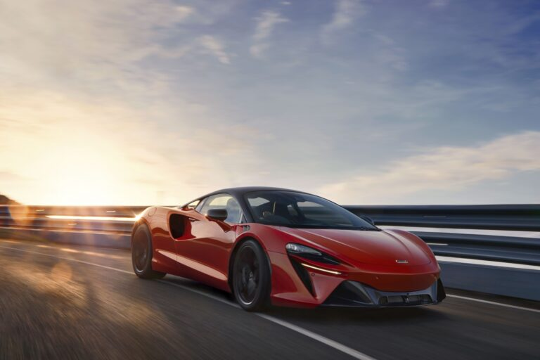 Vermillion red 2022 McLaren Artura racing. Finance a McLaren with #pfs_leasing