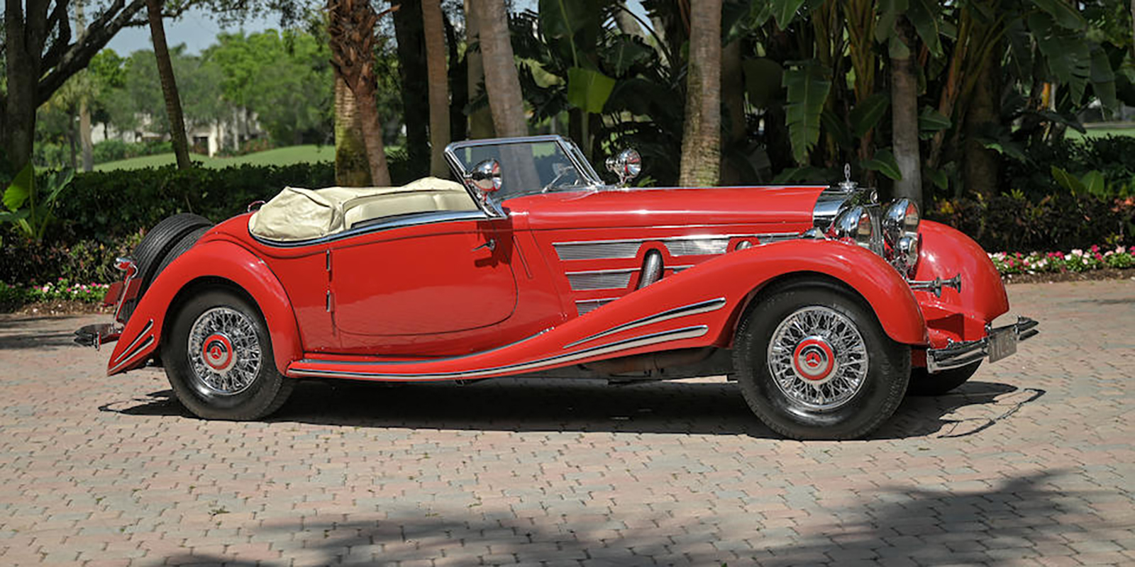 Red 1934 Mercedes-Benz 500K, front right