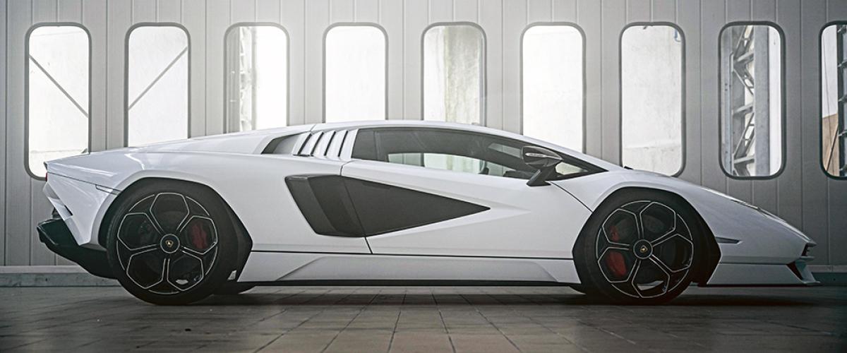 Lamborghini Countach Profile View.